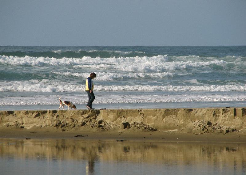 Pam & Tucker at Agate Beach.