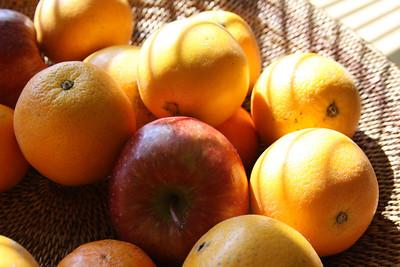 Apple and oranges.