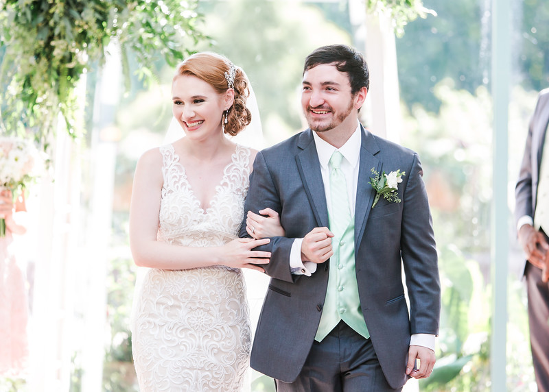 Virginia Wedding Photographer Classic Happy Beautiful