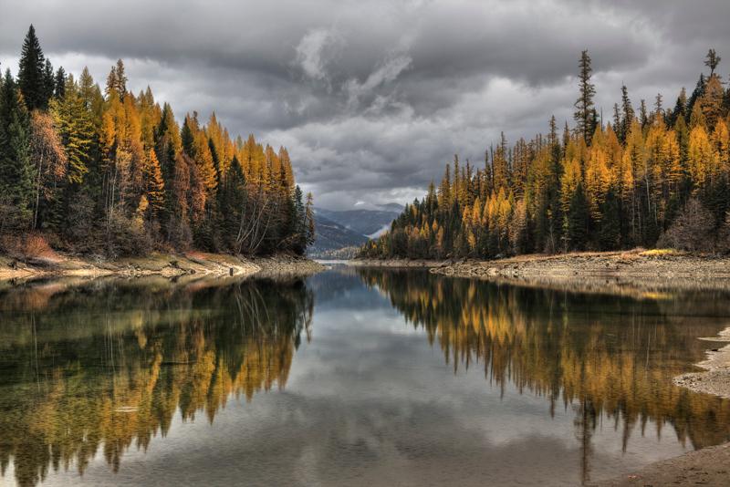 Hungry Horse Reservoir - Montana