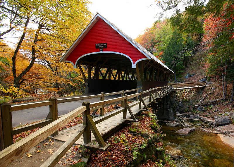 The Pemigewasset River Bridge in Franconia Notch State Park. Just north of Lincoln, New Hampshire.