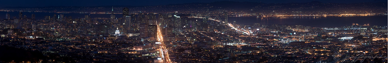East SF Panoramic: taken from Twin Peaks, there's just enough fog in the air to give the city lights a beautiful glow