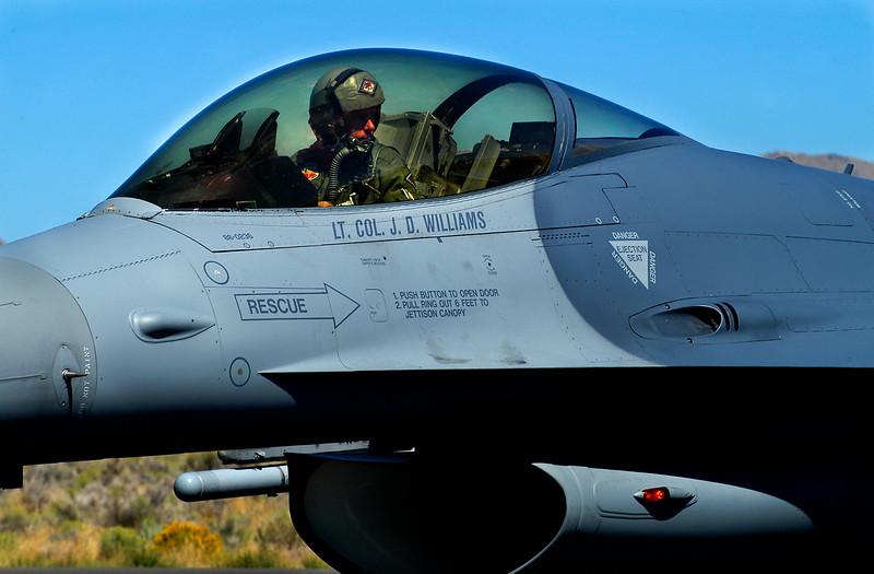F 16 JD Williams f