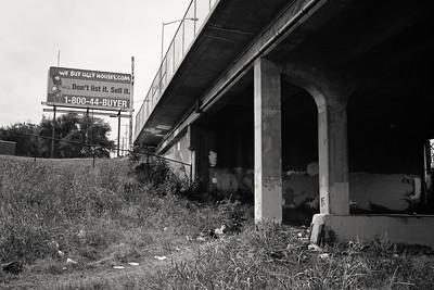 bridge+billboard-t0791