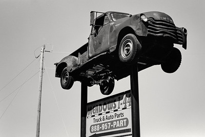 meadows_truck_sign-t0800