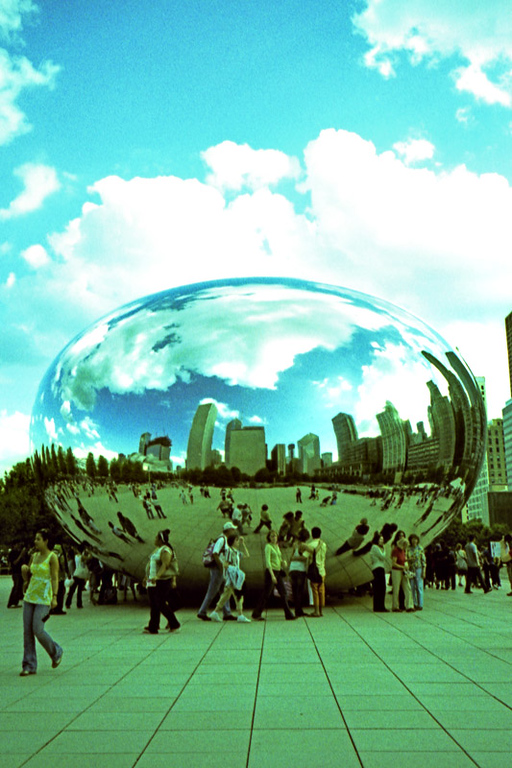 Camera: Nikon 35Ti<br /> <br /> Cloud Gate, Millennium Park