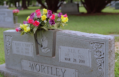flowers+wortley_gravestone-ek1-36
