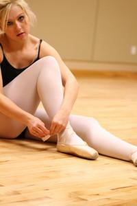 dance studio 021