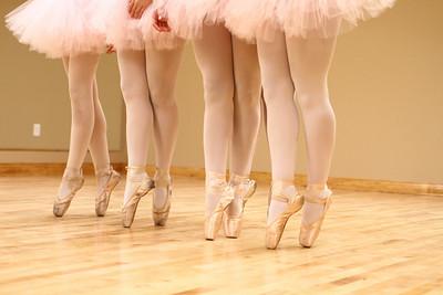 dance studio 033