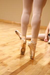 dance studio 025