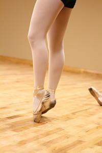 dance studio 024