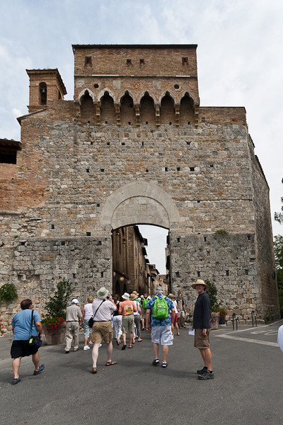Porta San Mateo entrance gate to San Gimignano