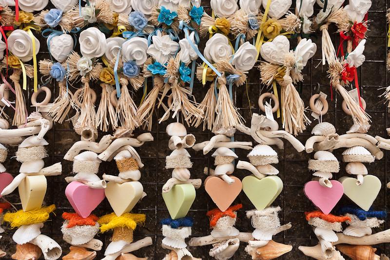Tuscan trinkets
