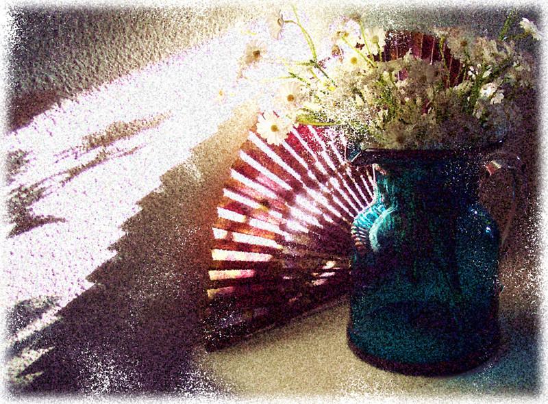 Fan and flowers