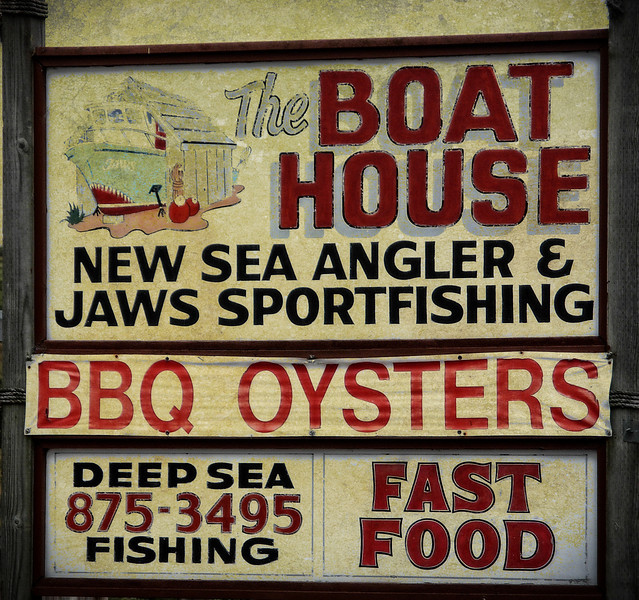 I love making discoveries like this place in Bodega Bay, California. The seafood is the freshest you'll get & prices are moderate.