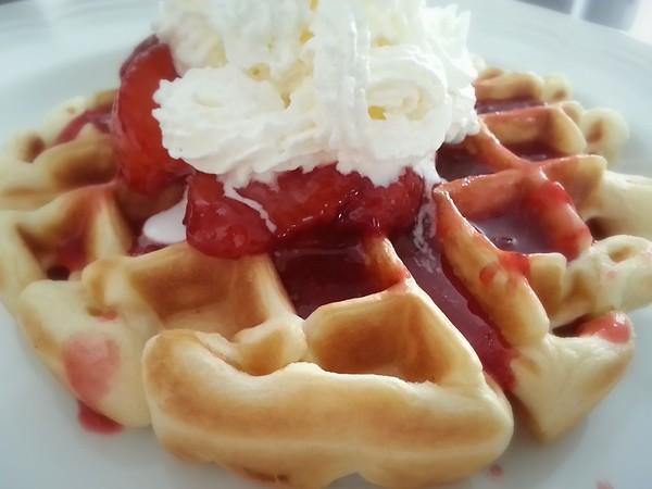 MARCH - Post-run strawberry waffle reward