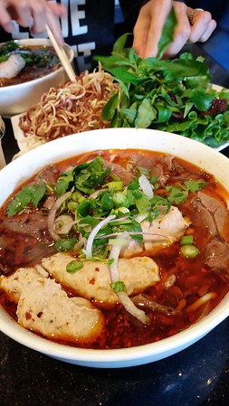 DAY 0 - Valerie and I stop at Ngu Binh in Little Saigon so I can get some fuel for my half marathon.  Yes, Asian noodle soups, even spicy ones, have replaced traditional pastas when I carboload.