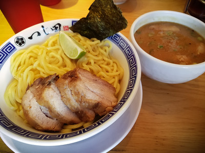 APRIL - I'm totally addicted to Tsujita's tsukemen...so good!  And I am now starting to question the porky goodness of my previous favorite's broth