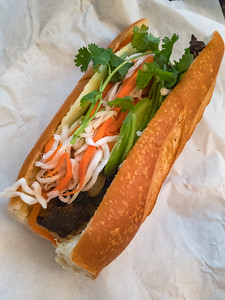While Kenny IS picking up banh mi for the office today, I decided to get a bun from him...passing on banh mi since I thought I could pick up Halal Guys on my way back from picking up my DSLR from Canon's Service Center just a mile or so away.  Unfortunately, I didn't realize they would not yet be open when I dropped by...so I ended up stopping by Top Baguette.  Yes, I ended up getting banh mi anyway!