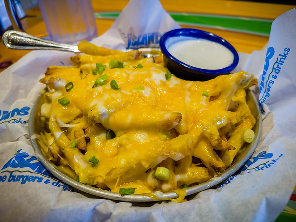 Valerie and I have always liked Islands' fries...and we usually share an order when we opt for their cheddar fries