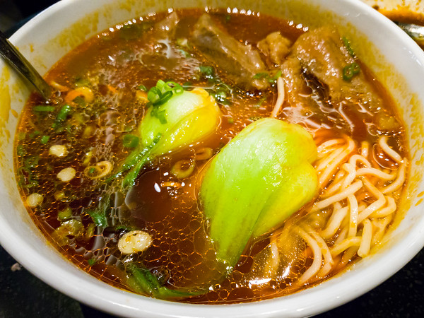 Braised Beef Noodle Soup brings beefy goodness, but the noodles were disappointingly soft and the broth really needed to bring the heat...both in terms of spice and temperature (our waiter mistakenly described this soup as being like Bun Bo Hue).
