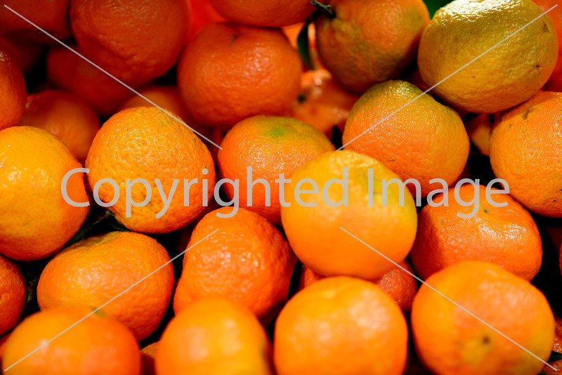 orange clementine satsuma tangerine fruit