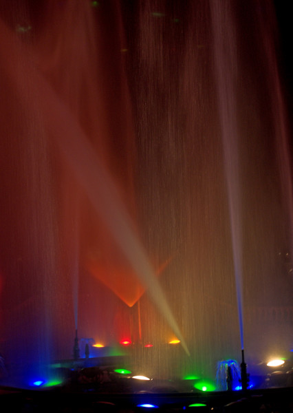 multicolor_fountain_lowrez