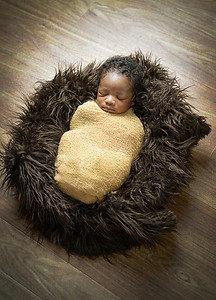 Stormy Long Photography - Newborn & Infant Portraits