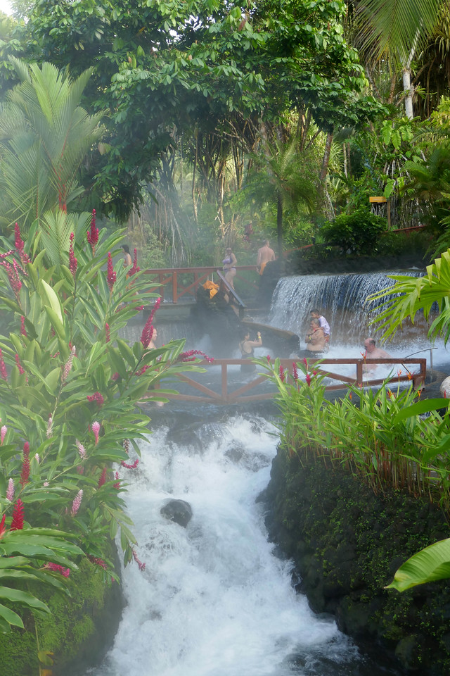 W - Arenal hot spring river