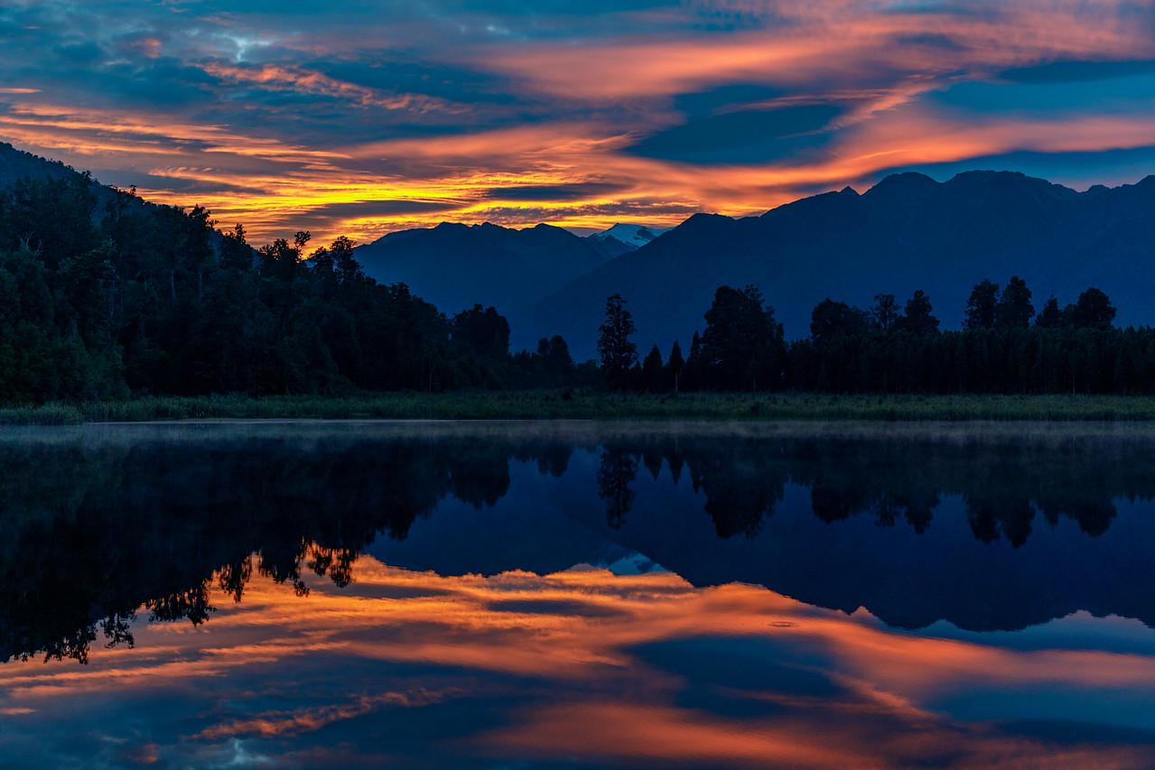 M - Sunrise near town of Fox Glacier NZ