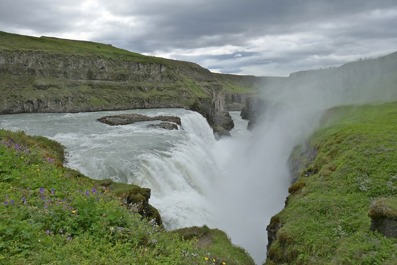 W - 13 Gullfoss lower falls and exit channel