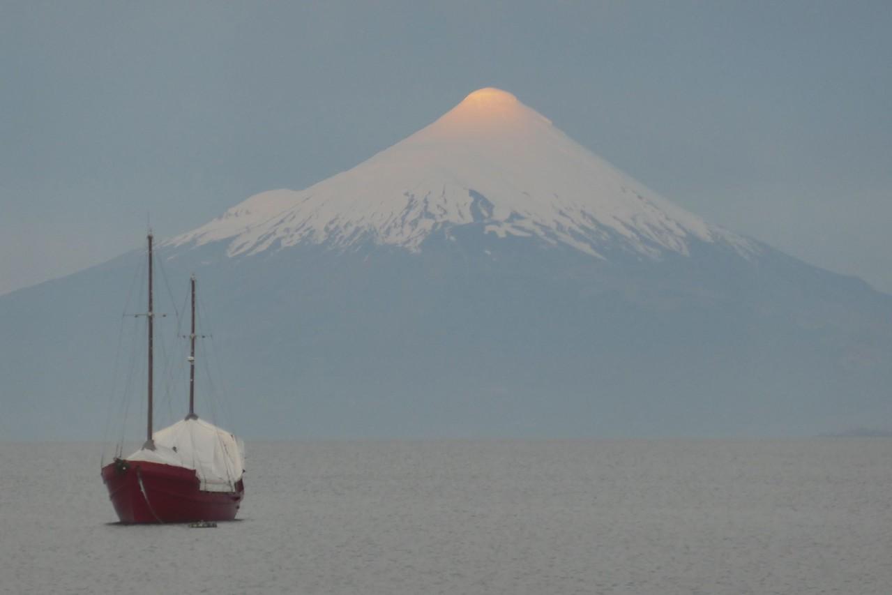 W - Volcano at Puerto Varras