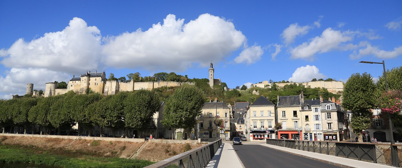 M - Town of Chinon