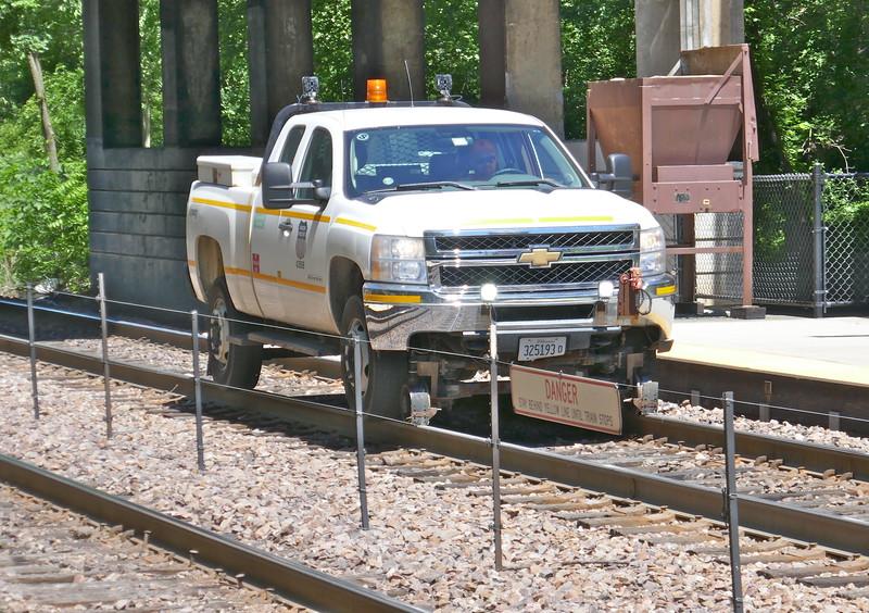 W - 10 Along mainline tracks - Winnetka to Chicago