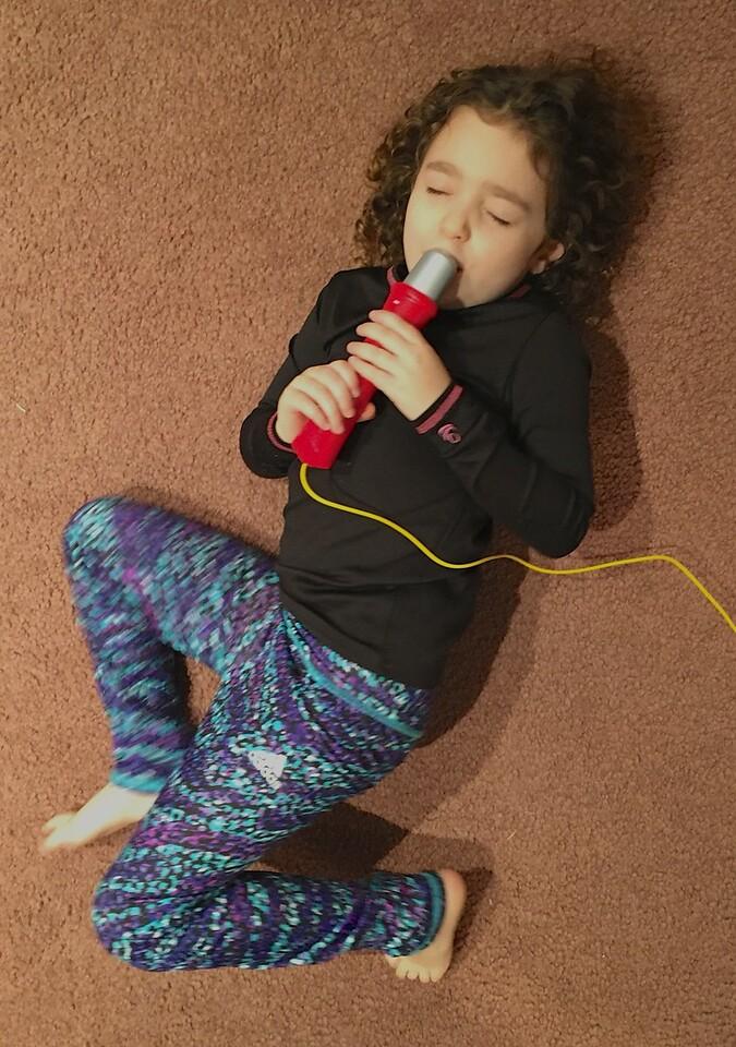 M - Leila on Karaoke