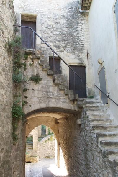 M - Vaison le Romaine Old Town