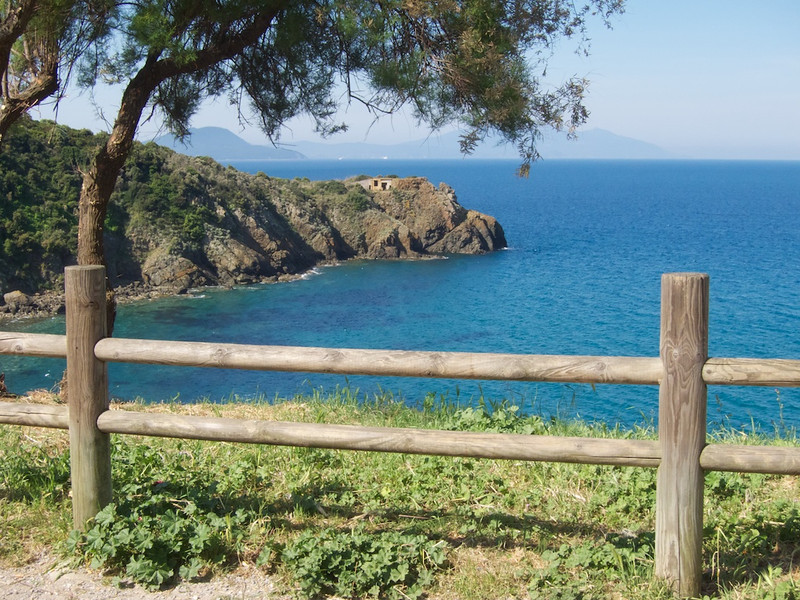 M - Scenes along the hike to Populonia