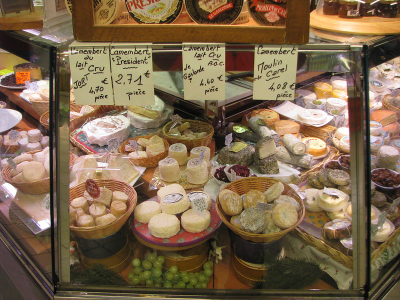 M - Cheese Display