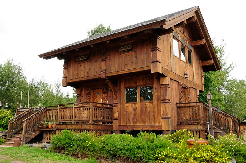 W - Scandinavian House