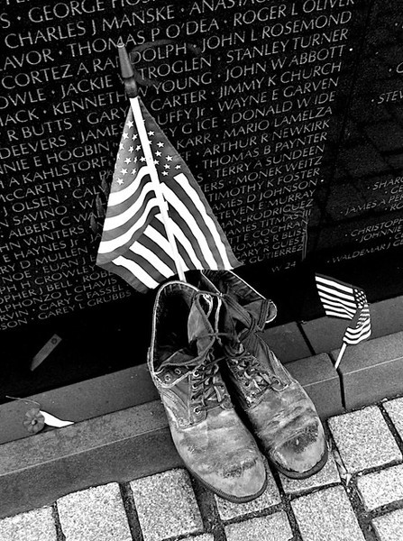 I - Viet Nam Memorial