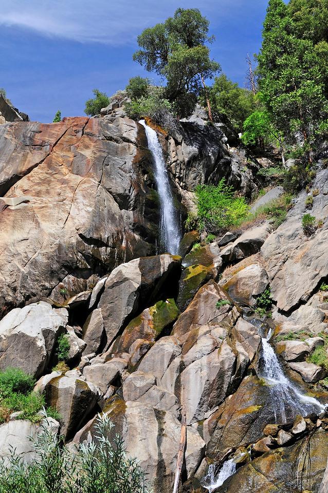 W - Grizzly Falls - Kings Canyon