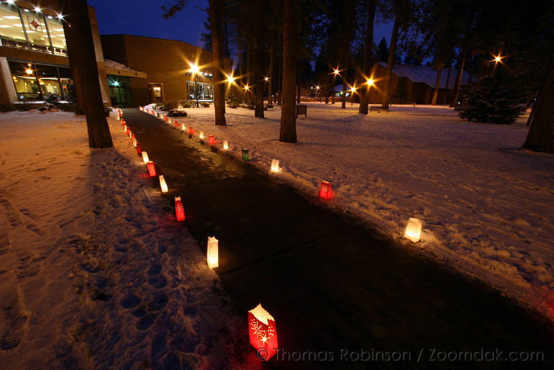 Luminaries – 4 December 2006 – Luminaries light the path to the HUB.