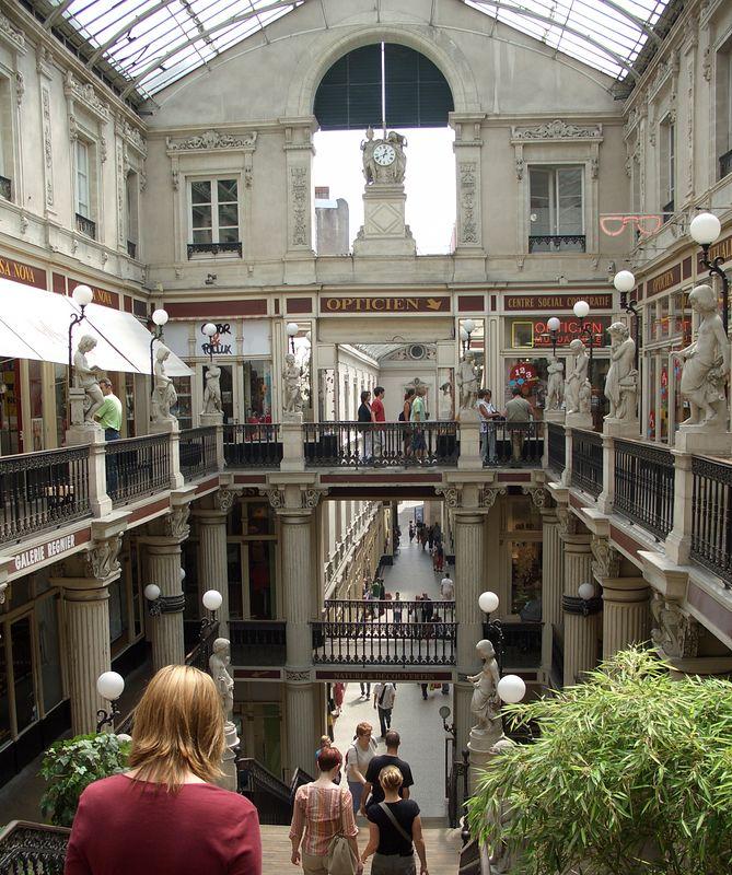 Shopping gallery, Nantes