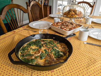 Valerie has been busy cooking tihs morning!  Cheryl, Joana, and Mike have arrived to help consume all of this goodness.