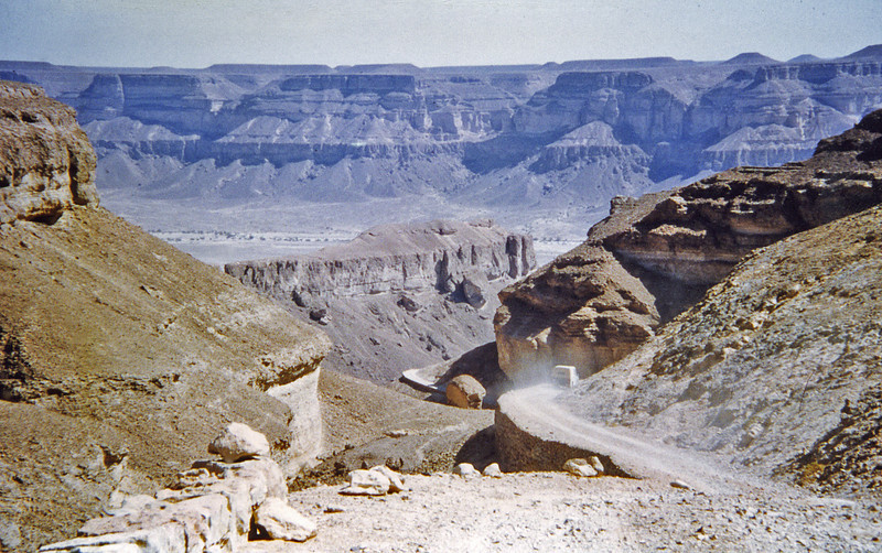 South Arabia (1962) - The scary road up Wadi Heenin. Wadi Hadhramaut in background.