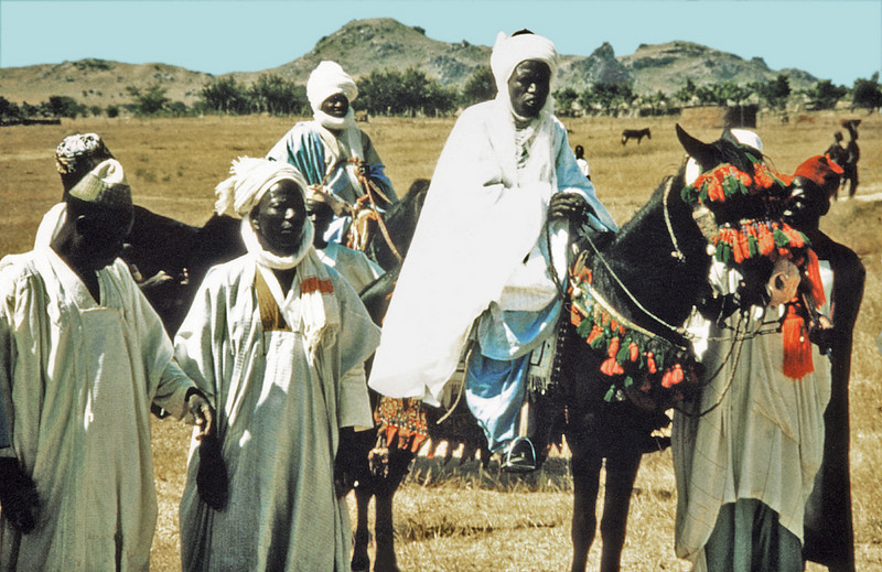Nigeria, Zinna, Northern Region (1959) A gathering of Fulani leaders. The Lamida of Yola is the rider at right centre of the photo.