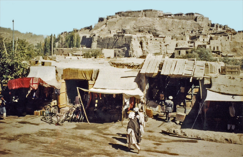 Afghanistan - Kabul (1958) - the Bala Hissar viewed from a vegetable market.