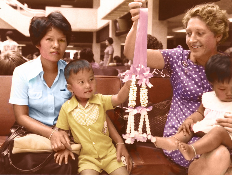 Thailand (1977) - Ailsa (right, holding Wichida) saying goodbye to Oot and Olay at Don Muang Airport