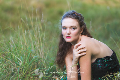 Photographer:  Carina Studios Model:  Faye Foley HMU & Styling:  Wendy Mclaughlin