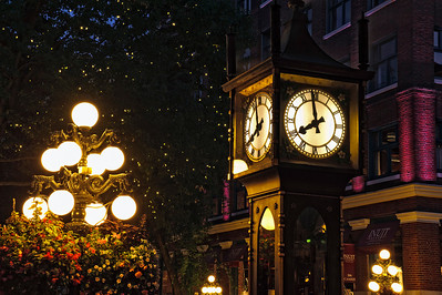 Gastown at Night - Photo Course